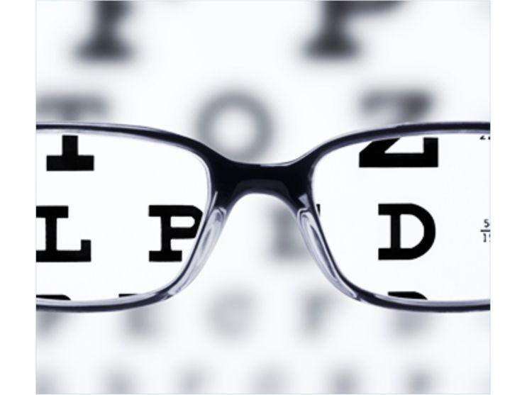 56039cb250e27 O profissional responsável por diagnosticar os problemas da visão é o  oftalmologista e somente fazendo o exame de vista você pode detectar alguma  ...